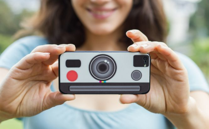Get creative with your smartphone camera using DIY methods